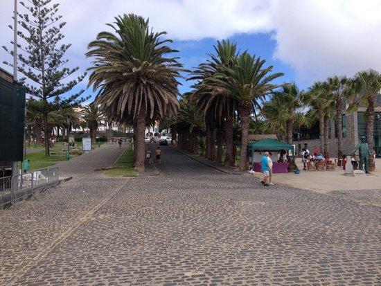 Vila Baleira Porto Santo: Centre ville / Port