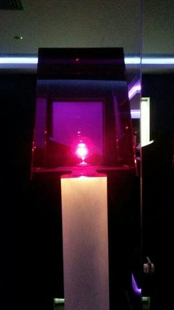 Glasshouse Lounge Restaurant : Ночь фонарь))