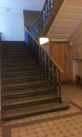 Hotel Anabel on Nevsky 88: Escalera