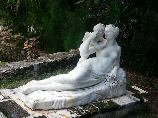 Attractive Versailles Gardens And French Cloister: Example Of Statues In Garden