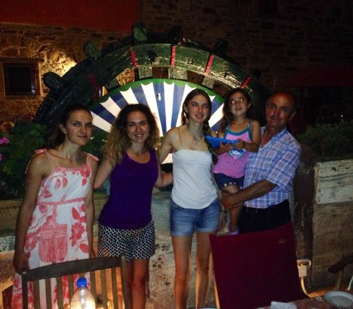 Mouzaliko Hotel: Benetos Family 2014