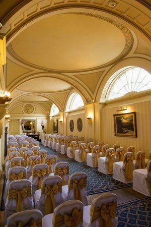 Balbirnie House: Our beautiful ceremony room- the Long Gallery