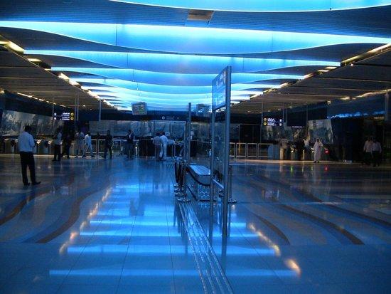 Dubai Metro: metro1