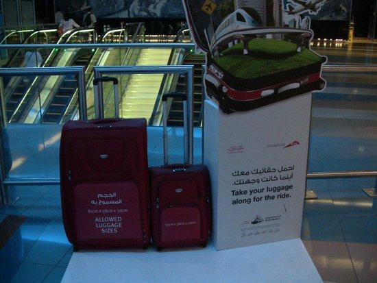 Dubai Metro: baggage