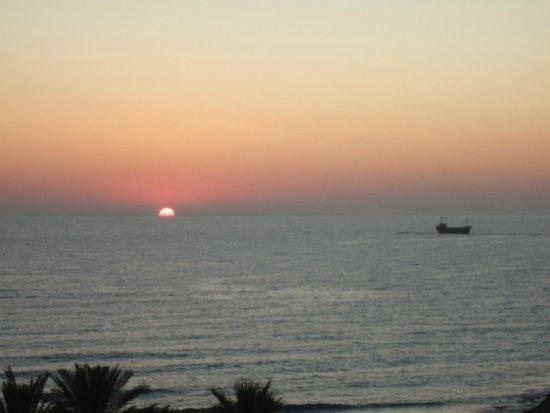 SENTIDO Sea Star: beautiful sunset