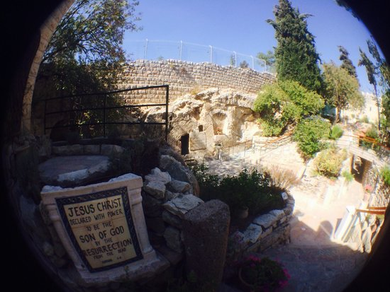 Garden Tomb: He is risen!