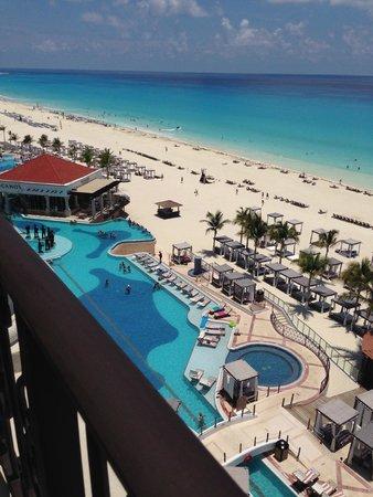 Hyatt Zilara Cancun: Vista varanda