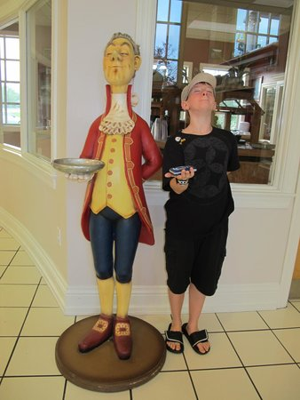 Cumberland Inn and Museum: funny!