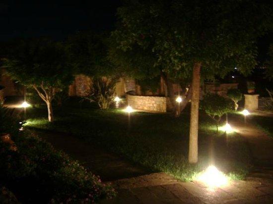 B&B Bellavista: il giardino di sera