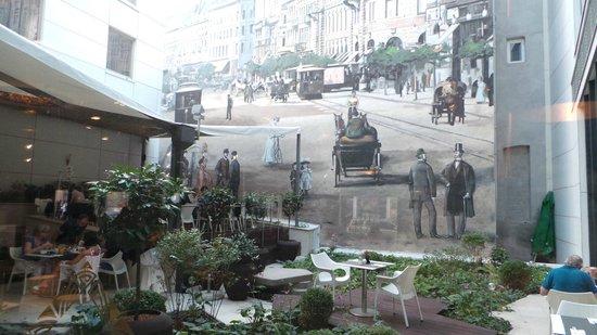 Continental Hotel Budapest: Wandbild im Restaurantbereich