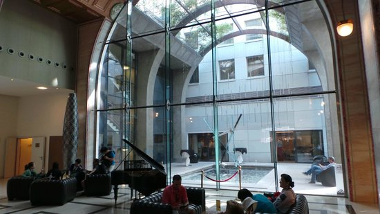 Continental Hotel Budapest: Hotel-Lobby