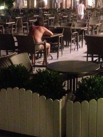 Grand Park Lara: Drunk man sitting in his underwear