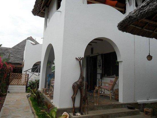 Twiga House