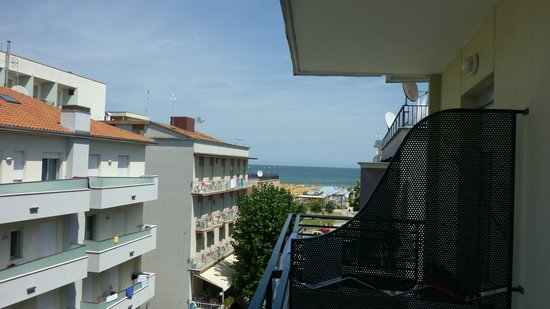 Hotel Plaza: View from room 405