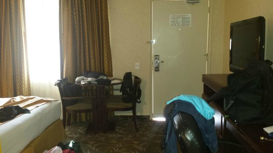Ramada Los Angeles/Downtown West : room