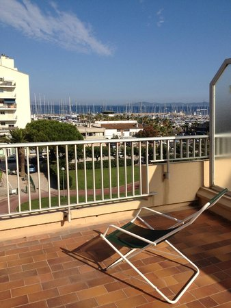Maeva r sidence les voiles hy res france voir les for Appart hotel hyeres
