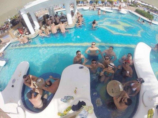 Hotel Riu Palace Punta Cana: Área de piscina