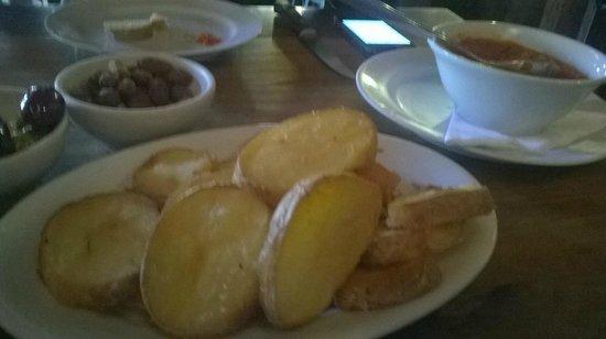 Adega Santiago: Batatas rústicas