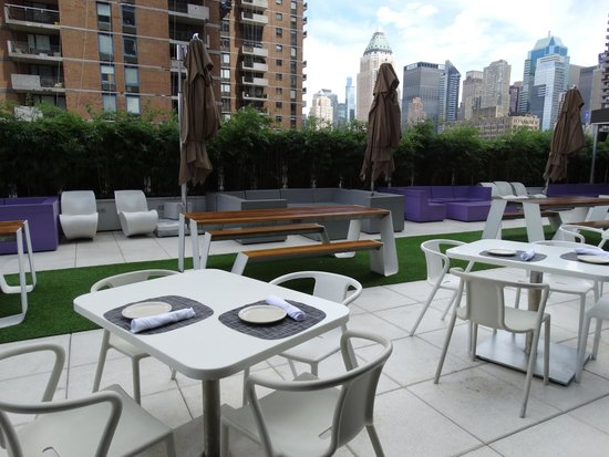 YOTEL New York at Times Square West: Fourth Floor Terrace