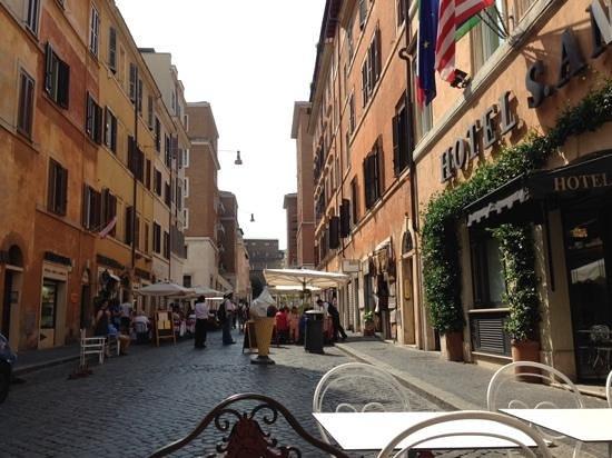 Hotel Sant Anna Roma: street view
