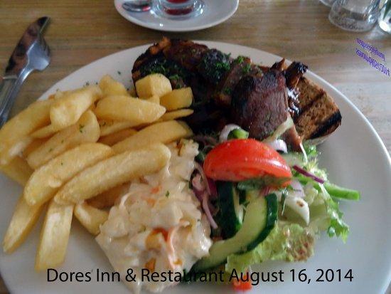 Dores Inn : Open Face Meat Sandwich