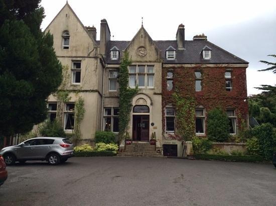 Cahernane House: the hotel at daytime