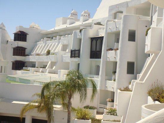 H10 Estepona Palace: Fachada del hotel