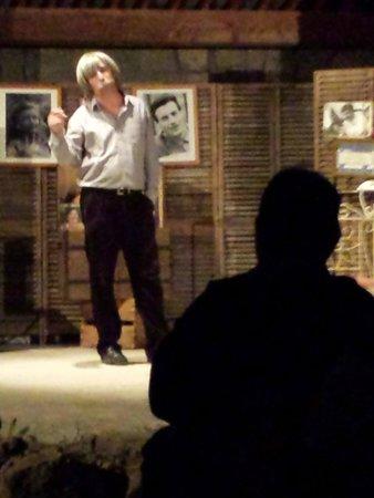 La Ferme Théâtre : Jean d'ici Ferrat le cri