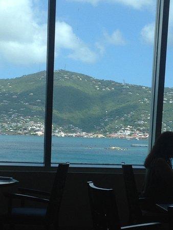 Aqua Terra Restaurant : Breakfast view