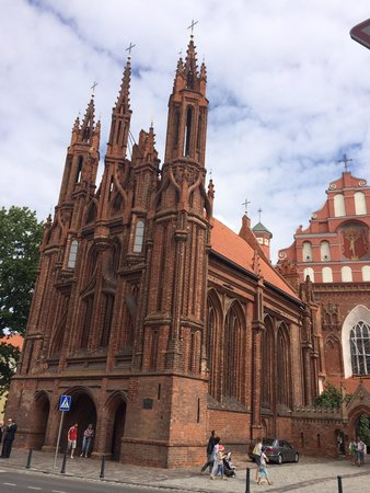 St. Anne's Church: Beautiful