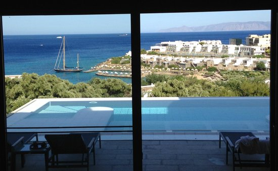 Porto Elounda Golf & Spa Resort : view from indoor lounge