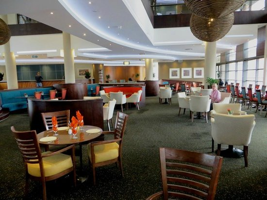City Lodge Hotel Fourways: Dining area