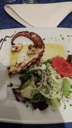 Ile de Crete: Me poulpe made in crête. Hum que du bonheur !