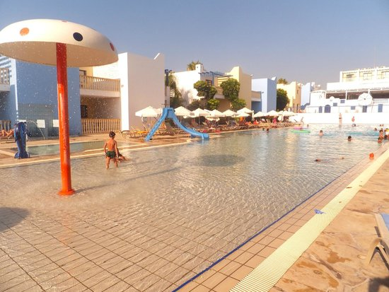 Eleni Holiday Village: Pool views