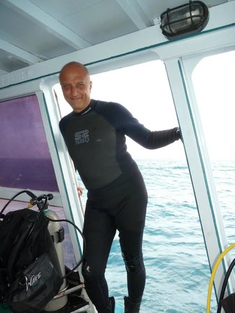 Lotus Diving : Top instructor Bruno!