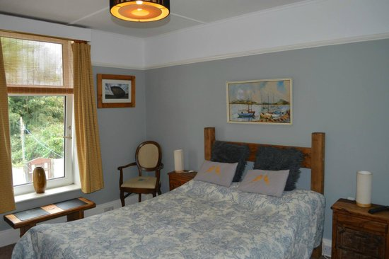 Deep Green Lodge : Bedroom