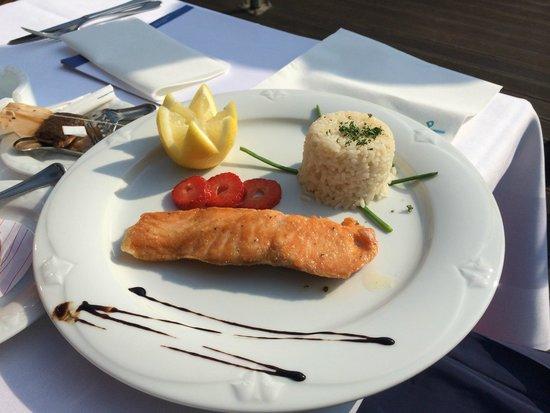 Hotel am Wald: Salmon ...