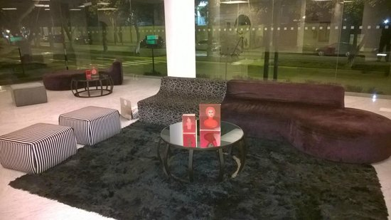 NM Lima Hotel: lobby
