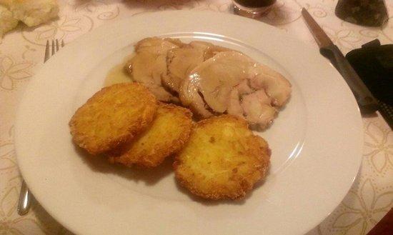 Wellness Hotel Lupo Bianco: Cosciotto di maialino con rosti di patate