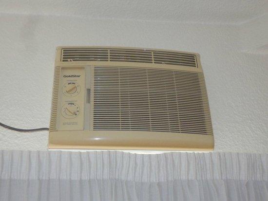 Hotel Oasis Plaza: aire acondicionado