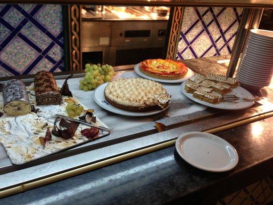Joya Paradise : Buffet dessert