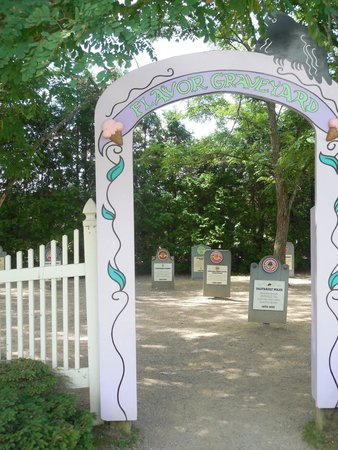 Waterbury, VT : The entrance to the Flavor Graveyard