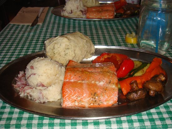 Klondike Rib and Salmon BBQ: cold veggies, not cooked through salmon!