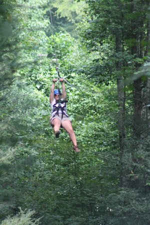 Foxfire Mountain Adventures: zipline