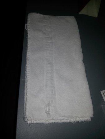 Hotel Olé Tropical: toallas viejas