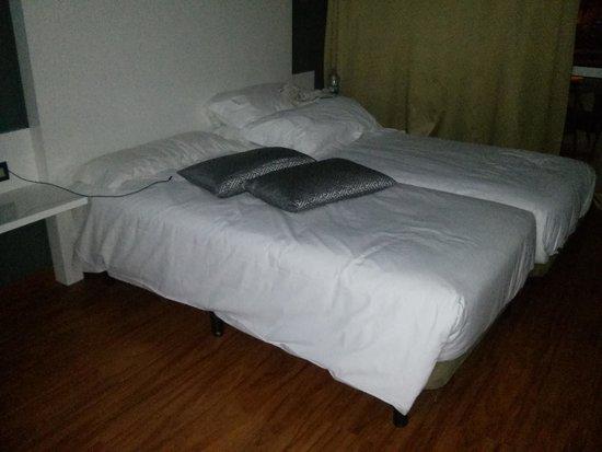 Hotel Olé Tropical: camas hechas con desgana