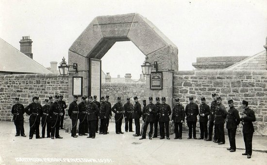 Dartmoor Prison Museum: Dartmoor Prison Entrance in days gone by