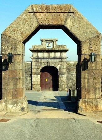 Dartmoor Prison Museum: Dartmoor Prison entrance