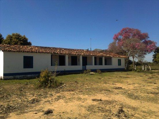 Pousada Rio Clarinho: Foto da casa adaptada para a pousada.