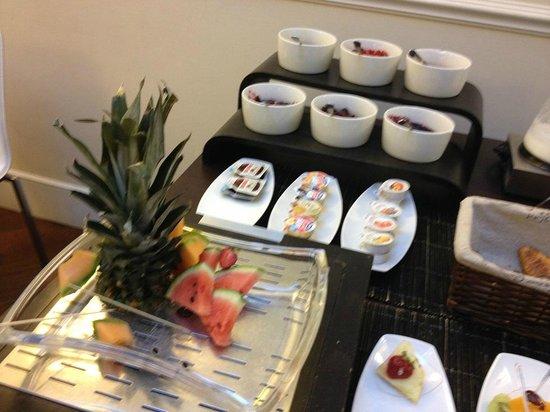 Metropolitan Hotel: Desayuno